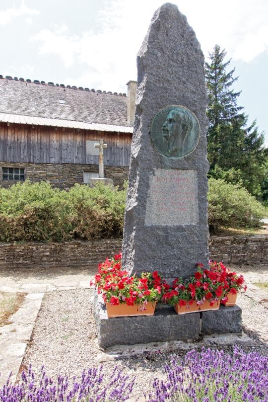 Memorial marker, Le Bleymard