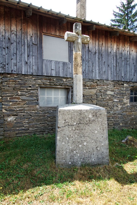 Old mission cross, Le Bleymard