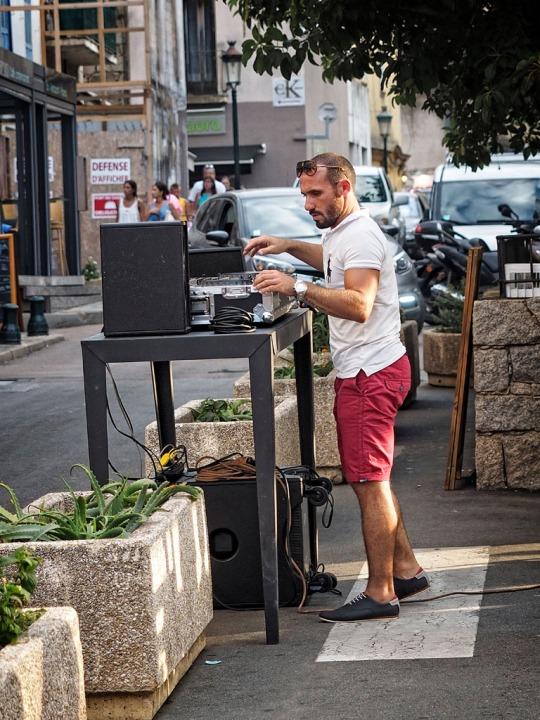 Street DJ, Porto-Vecchio