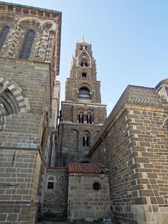 Le Puy Cathedral (Cathédrale Notre-Dame du Puy)
