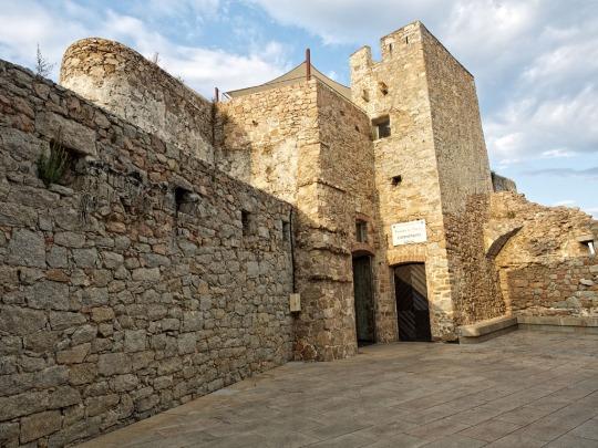 Stone Fortress walls, Porto-Vecchio