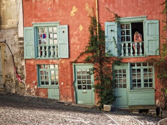 Colourful building façade, Le Puy
